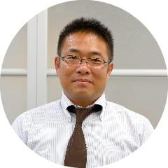 商品開発部 課長 辰巳 元昭