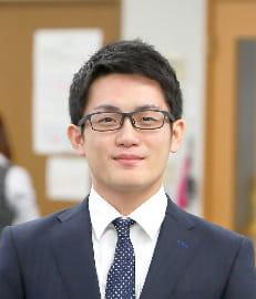 販売部 吉田遼人